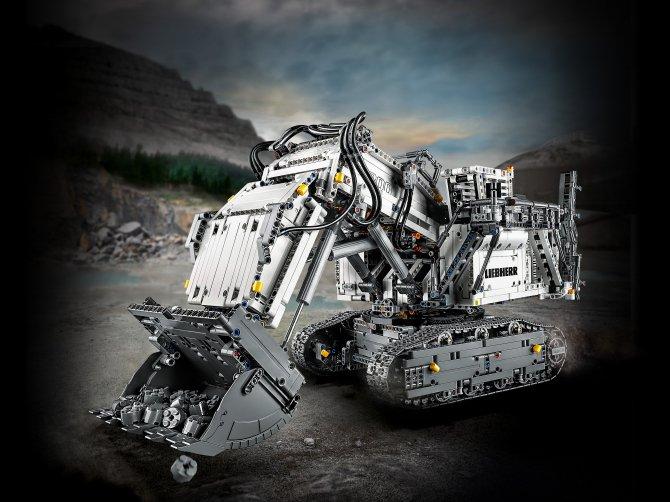 42100 Lego Technic - Экскаватор Liebherr R 9800