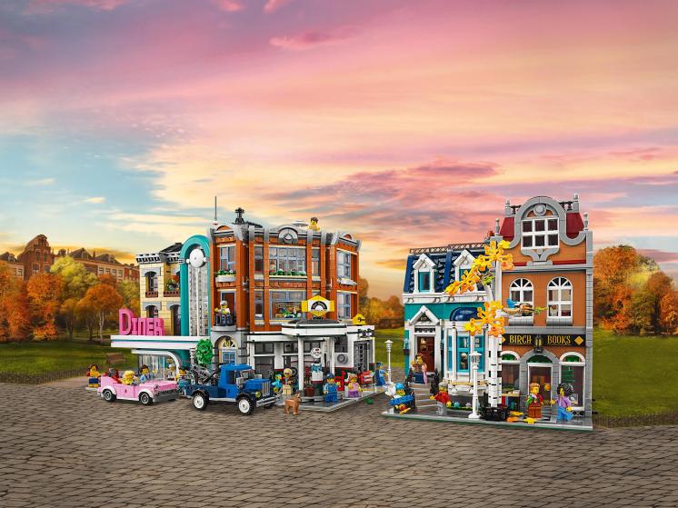 10270 Lego Creator Expert - Книжный магазин