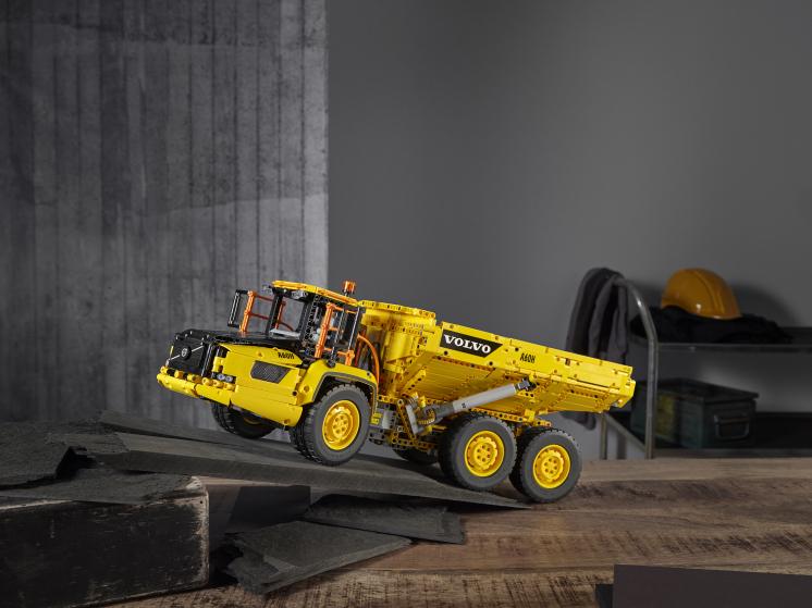 42114 Lego Technic - Самосвал Volvo 6х6